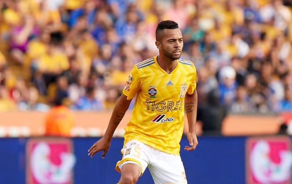 Rafael Carioca precisa se desvincular do Tigres, do México — Foto: Reprodução/Instagram