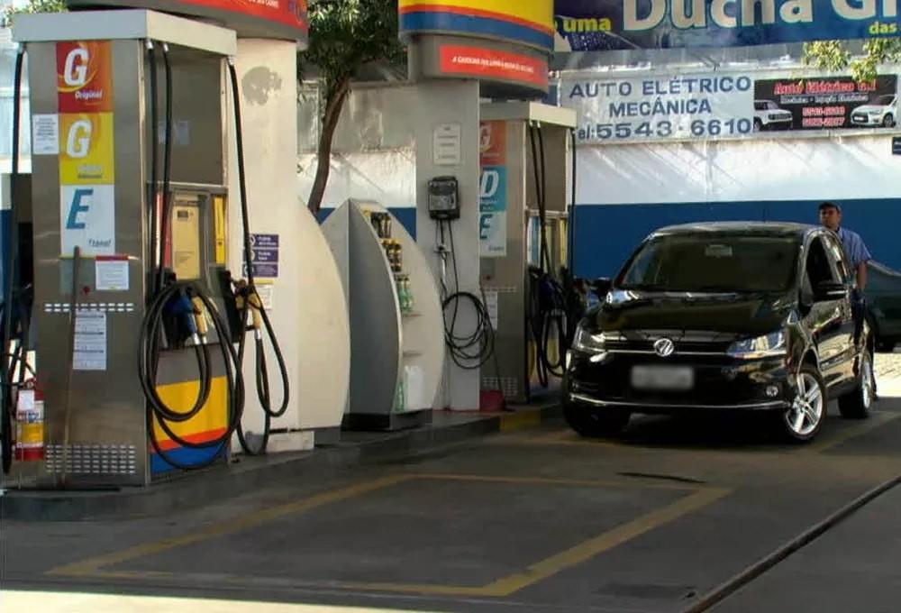 Preços do etanol e gasolina no mês de junho na Paraíba são os menores do Nordeste