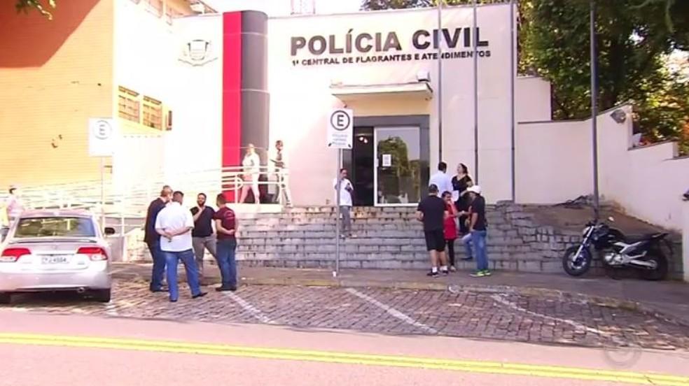 Denúncias contra construtora foram registradas por mais de 30 pessoas em Rio Preto (Foto: Reprodução/TV TEM)