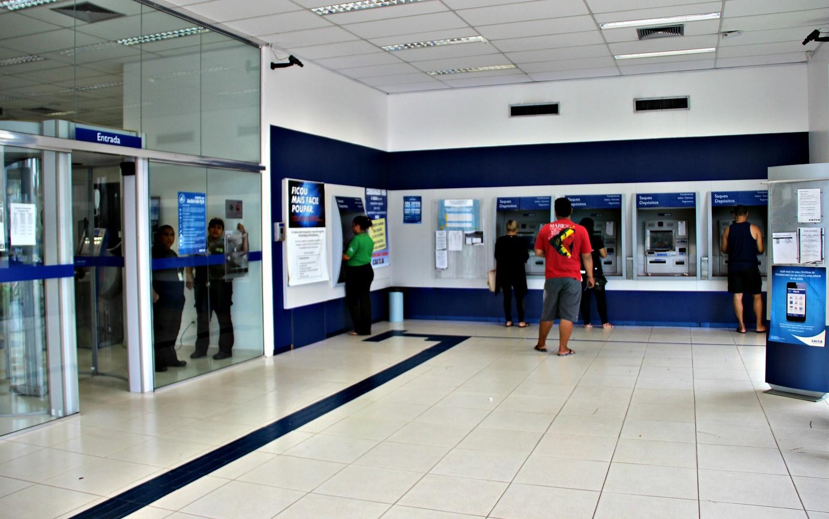 Agências da Caixa abrem neste sábado para atendimento do saque do FGTS, em Manaus - Notícias - Plantão Diário