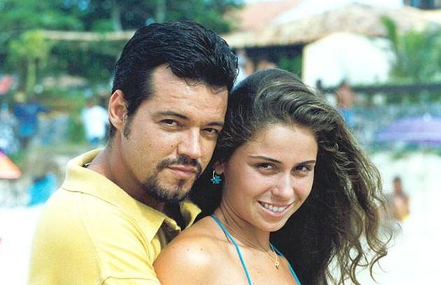 Com Felipe Camargo, em  'Corpo dourado', de 1998, na qual interpretou Judy (Foto: Reprodução)