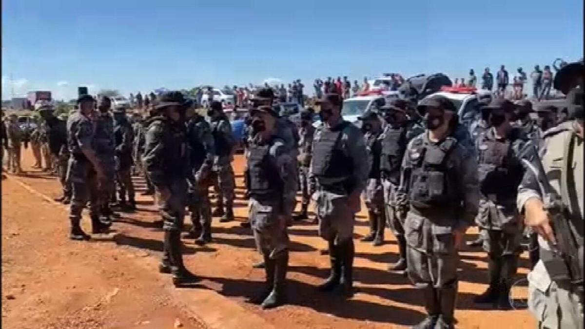 Mais de 200 policiais de Goiás e do DF tentam capturar assassino