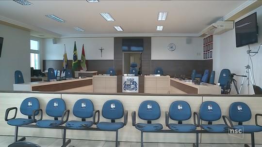 Joinville e Chapecó lideram os gastos com diárias de vereadores no estado