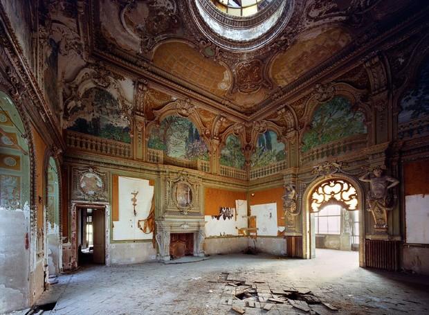 Os lugares são verdadeiras obras de arte e exibem palácios, casa de férias na costa e jardins dos séculos passados (Foto: Designboom/ Reprodução)