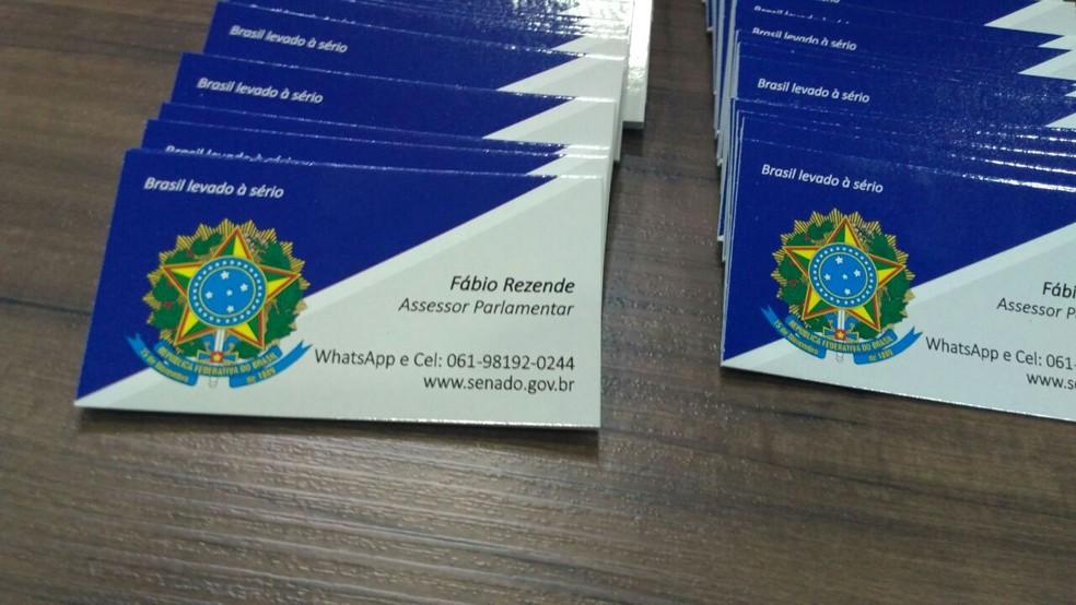Catão de visitas usado pelos criminosos no Espírito Santo (Foto: Kaique Dias/ CBN Vitória)