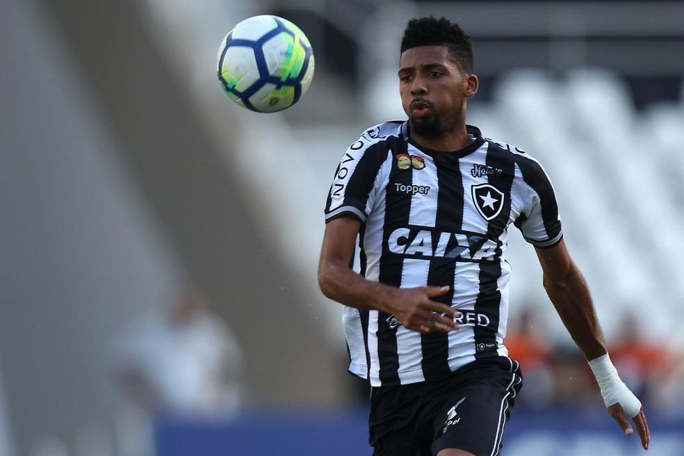 Matheus Fernandes rendeu 3,5 milhões de euros ao Botafogo — Foto:  Vitor Silva/Botafogo