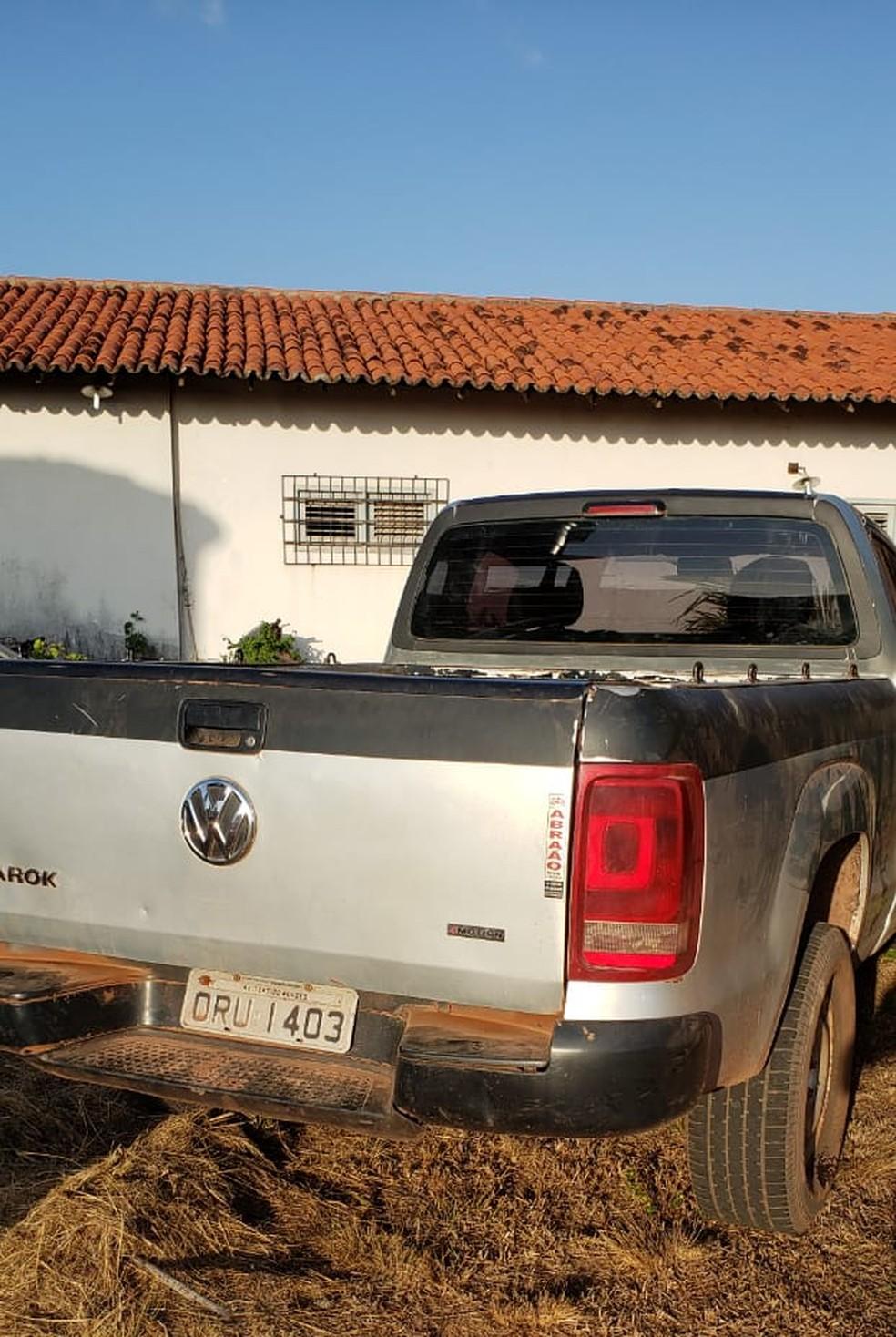 Uma camionete também foi apreendida durante a operação.  — Foto: Divulgação/Polícia Civil