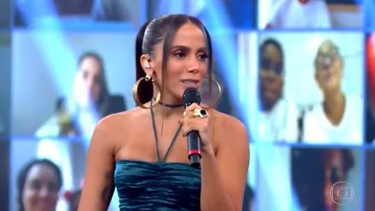 Anitta canta sucessos e avalia o melhor de 2020: 'Estou mais leve'