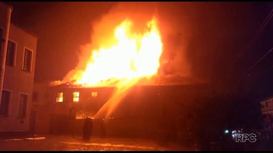 Após incêndio, homem é encontrado morto em hotel em União da Vitória