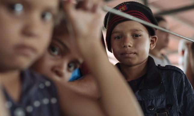 Jimmy, de 10 anos, é um dos milhões de crianças da Venezuela que sofre com a crise no país