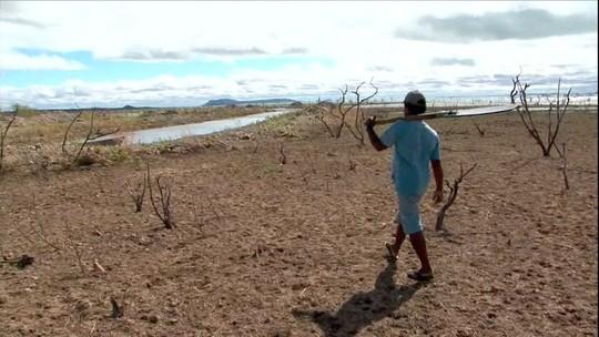 Represa de Sobradinho na BA chega ao nível mais baixo da história