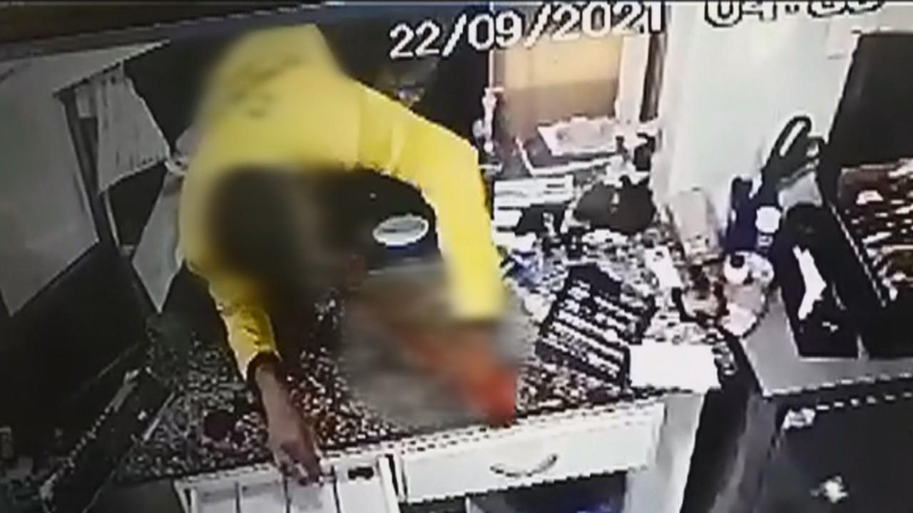 Jovem se corta e quebra o braço ao tentar furtar loja e acaba preso após procurar atendimento em hospital, diz polícia