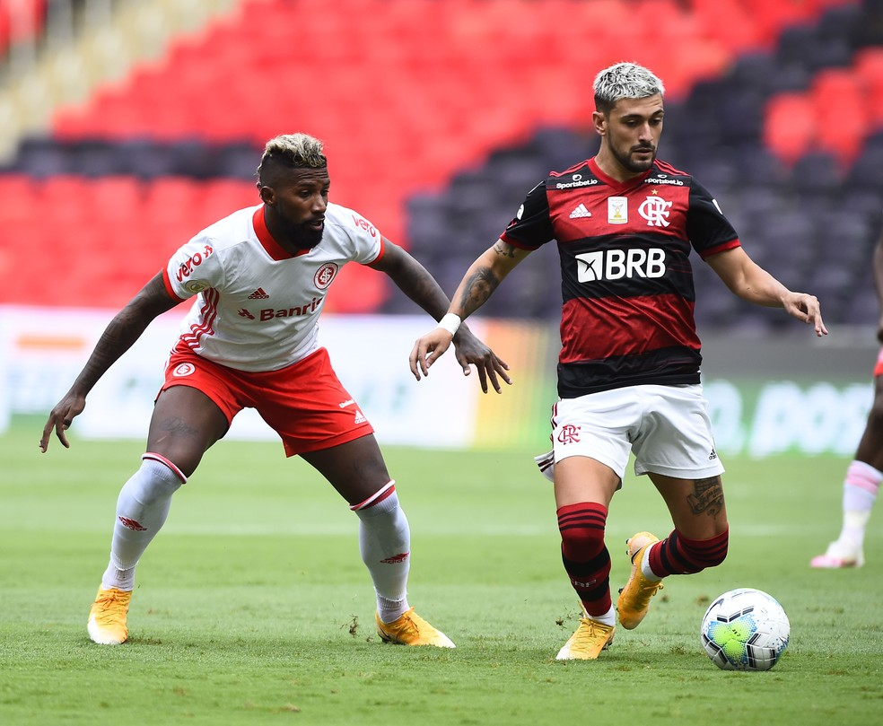Flamengo venceu Internacional neste domingo — Foto: André Durão