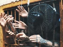 2 a cada 3 presos em cadeias do país são negros, aponta estudo (Danilo Pousada/GloboNews/Arquivo)