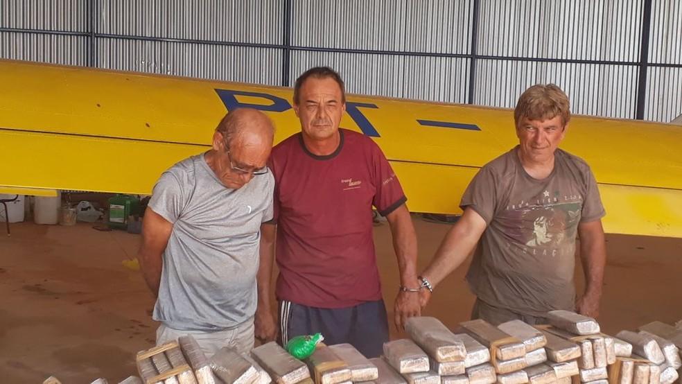 Três suspeitos foram presos na operação da Polícia Federal  (Foto: Divulgação )