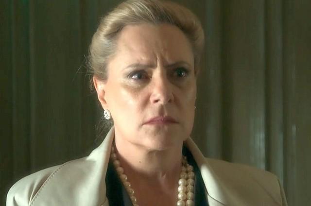 Elizabeth Savala intepreta Mirtes (Foto: TV Globo)