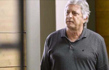 Na terça-feira (31), Machado (Eduardo Galvão) dirá para Nana e Marcos que a editora está nas mãos de Diogo TV Globo