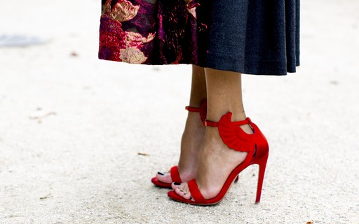 77d41a83fe Confira sete modelos de sapatos indispensáveis e atemporais - Revista Marie  Claire