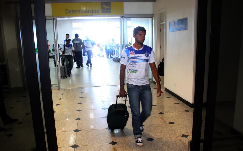 Volante do Parnahyba, Marcos Gasolina pode ser punido no STJD por suposta agressão na Copa do Brasil (Foto: Wenner Tito)