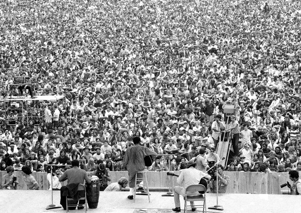 UNITED STATES - AUGUST 15:  Three days of peace love and music, better known as Woodstock. The crowd assembles for the 4pm session starring Richie Havens, just a part of the 250,000 who made the scene.  (Photo by Paul DeMaria/NY Daily News Archive via Get (Foto: NY Daily News via Getty Images)