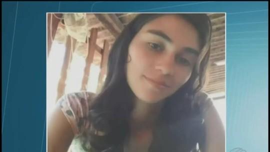 Tia e irmã falam sobre jovem morta a facadas próximo a escola em Araguari