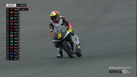 Jaume Masia faz a pole position da Moto3
