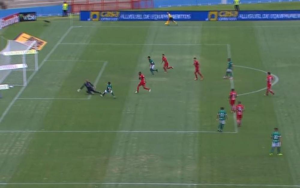 Após vitória, nem jogadores do Inter entendem gol anulado: