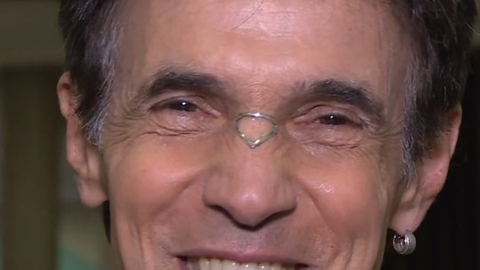 Ciro Barcelos explica o que é a joia que usou no nariz quando esteve no júri do 'Dança dos Famosos'