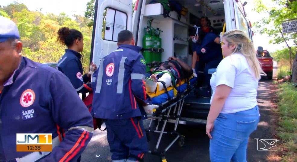Vítimas foram resgatadas por equipes do Serviço de Atendimento Móvel de Urgência (Samu) — Foto: Reprodução/TV Mirante