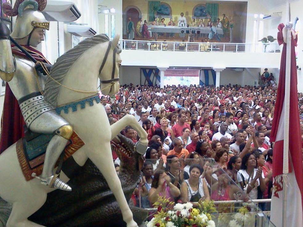 Igreja de São Jorge em Quintino, no Rio — Foto: Lilian Quaino/G1