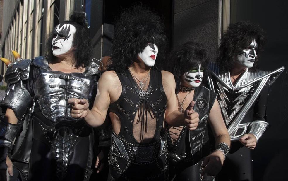 A banda KISS é fotografada durante lançamento na Sirius Satellite Radio, em Nova York. — Foto: Andrew Kelly/Reuters