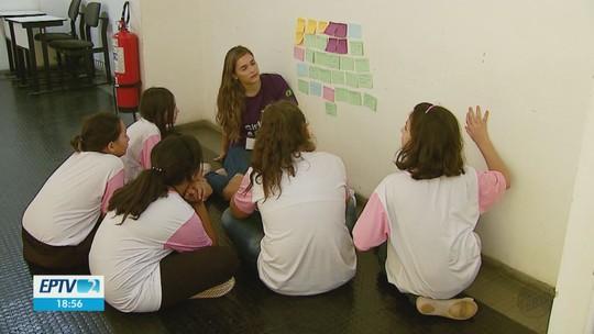 Curso da USP estimula mulheres a participar do desenvolvimento de aplicativos em São Carlos