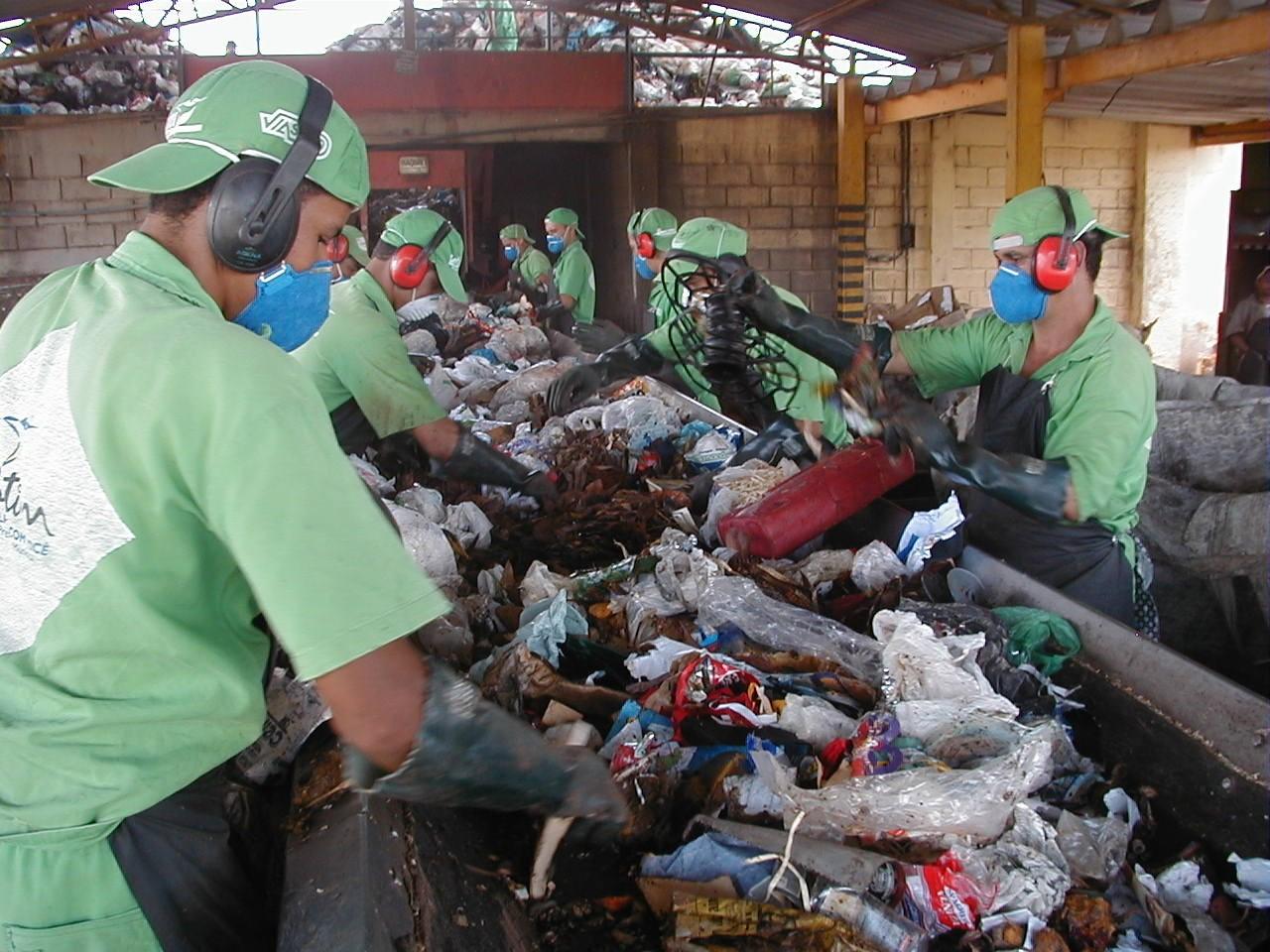 Reciclagem no Brasil ainda é pouco trabalhada (Foto: Wikimedia Commons )