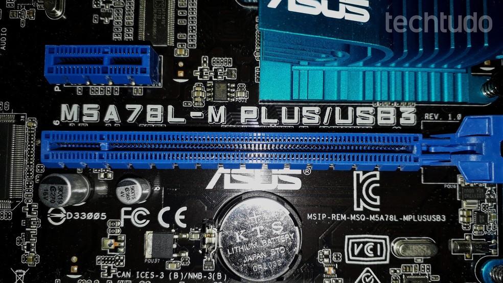 Conexão PCI-Express é o atual padrão para placas de vídeo — Foto: Fernando Sousa/TechTudo