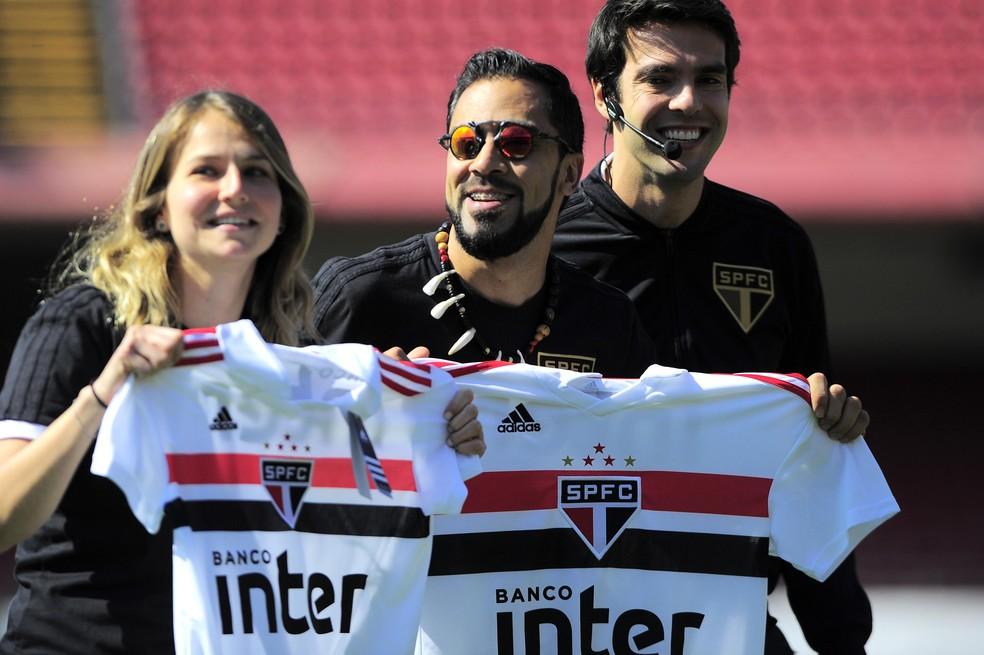 Kaká apresenta evento dos novos uniformes do São Paulo (Foto: Marcos Ribolli)