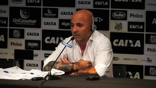 Discurso convincente e estudo do elenco: as primeiras impressões de Sampaoli no Santos