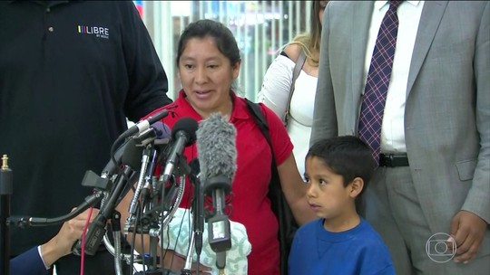 Pai de menina hondurenha na capa da revista Time diz que ela não foi separada da mãe