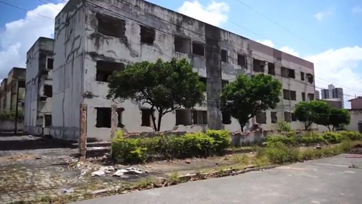 Mais de 12 mil imóveis são desocupados em bairros de Maceió afetados por afundamento do solo   Alagoas   G1
