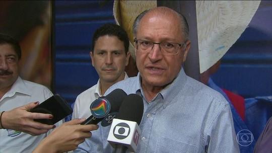 Alckmin diz que pretende reabrir 30 mil leitos na saúde