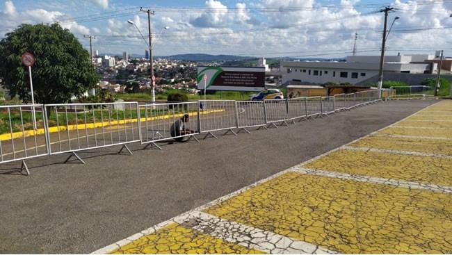 Área de caminhada é fechada pela Guarda Municipal em Varginha