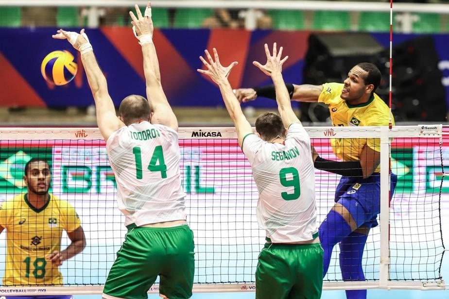 Em prévia de duelo por vaga olímpica, Brasil bate a Bulgária e encaminha ida à fase final da Liga
