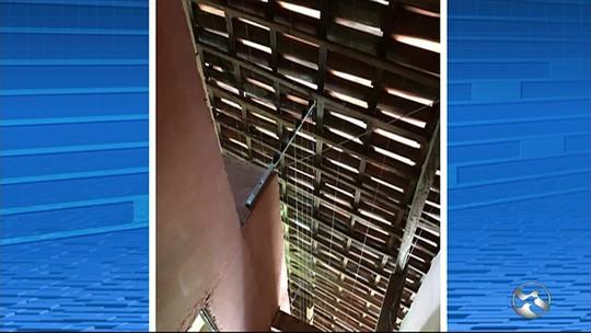 Mulher é presa suspeita de manter outra em cárcere privado dentro de prostíbulo em Toritama, PE
