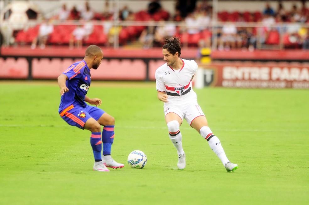 Alexandre Pato está de volta ao São Paulo — Foto: Marcos Ribolli