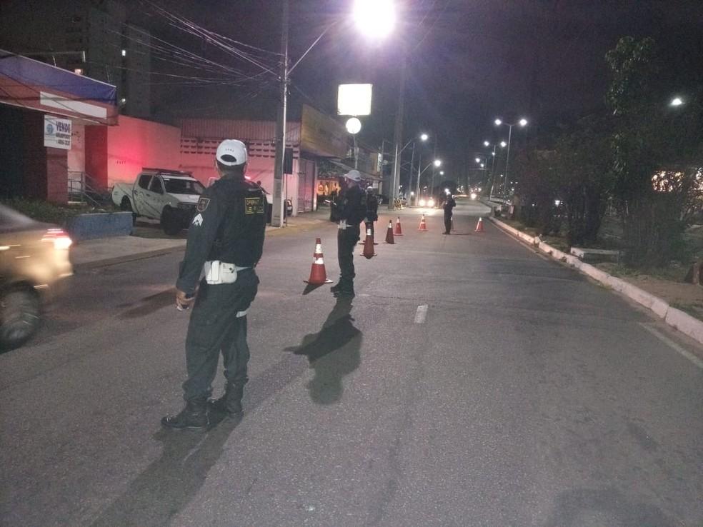 Policiais rodoviários estaduais autuam 40 pessoas durante feriadão de Ano Novo no RN — Foto: Divulgação