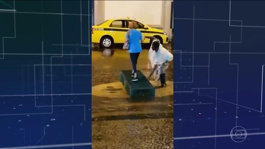 No Rio sob tempestade, gestos de solidariedade dão amparo e conforto