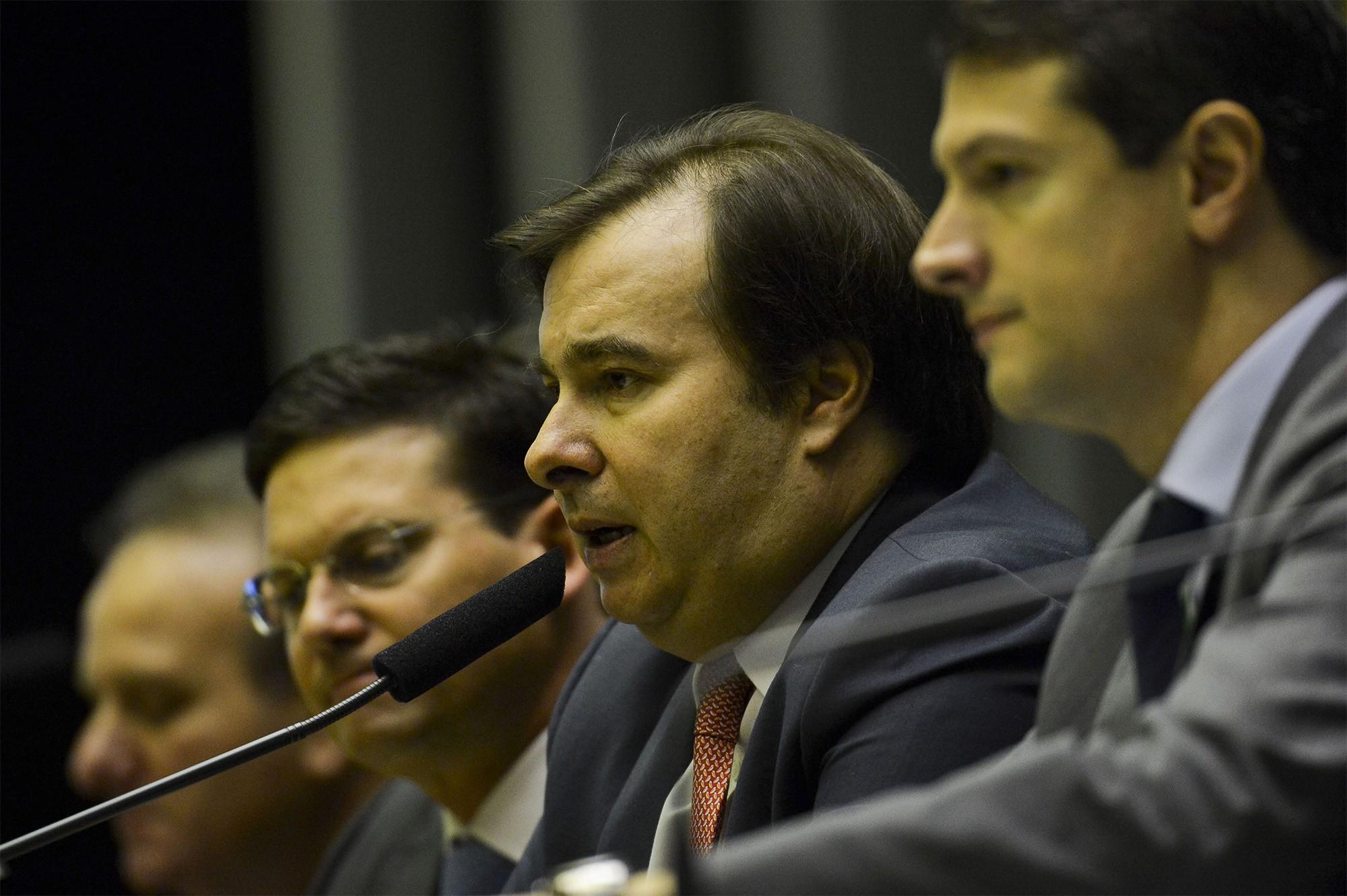 Sugestões para os formuladores da nova Reforma Social, meta de Rodrigo Maia - Notícias - Plantão Diário