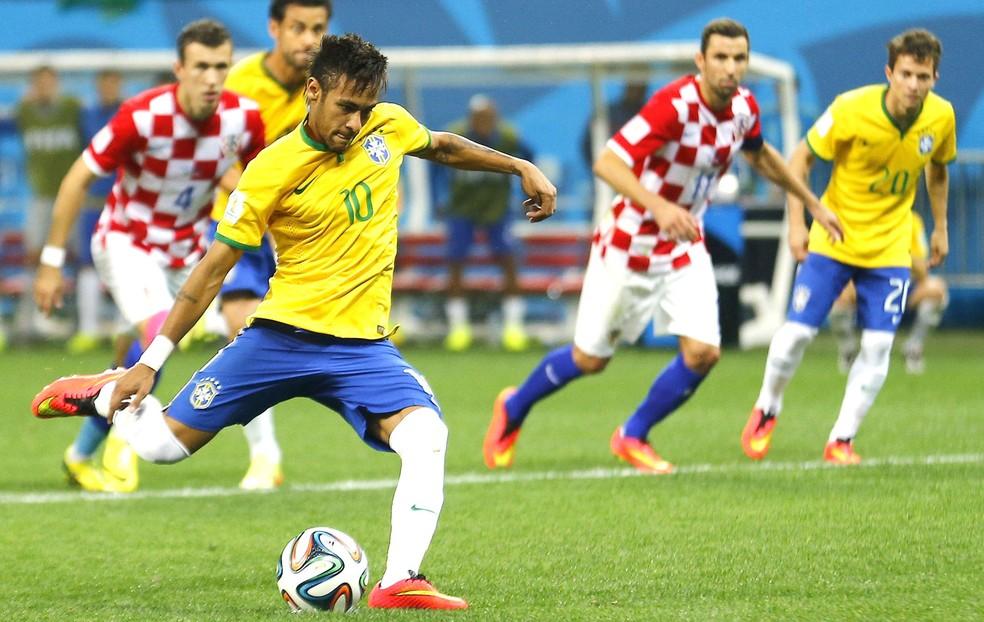 Último confronto entre Brasil e Croácia foi na estreia de ambas as seleções na Copa de 2014 (Foto: Agência Reuters)