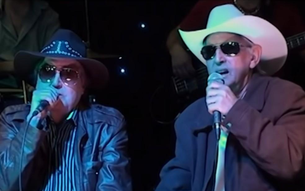 Maurico e Maurozinho formavam a dupla Os Filhos de Goiás — Foto: Reprodução/Youtube