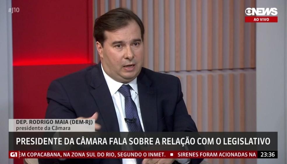 O presidente da Câmara dos Deputados, Rodrigo Maia (DEM-RJ), durante entrevista à GloboNews — Foto: Reprodução