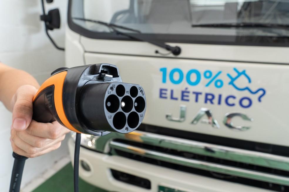 Caminhão elétrico da Jac promete custo com abastecimento até 4 vezes mais baixo do que similares a diesel — Foto: Fábio Tito/G1